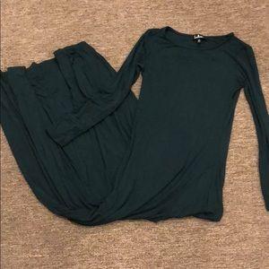 Lulu's forest green long sleeve maxi dress